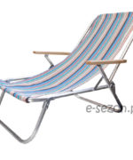 Tradycyjny aluminiowy leżak plażowy